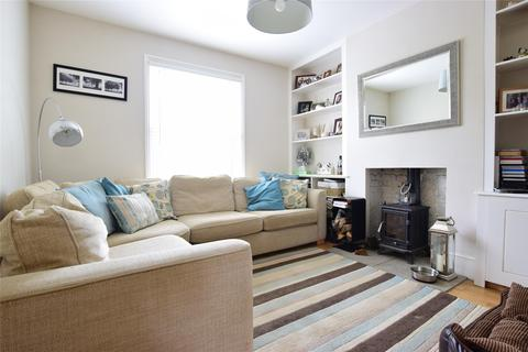 3 bedroom semi-detached house for sale - Newcomen Road, TUNBRIDGE WELLS, Kent, TN4 9PA