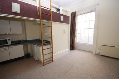 Studio to rent - 31 Pittville Lawn