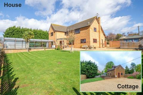 7 bedroom detached house for sale - Matai Country House and Cottage, Heacham