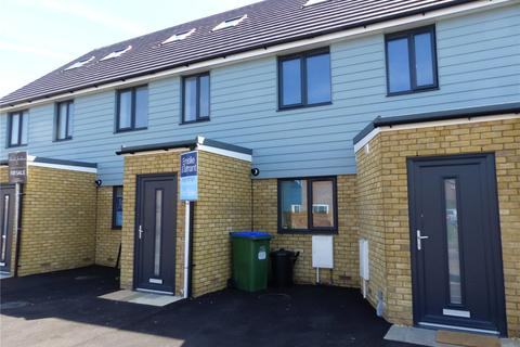 3 bedroom townhouse for sale - Cricketfield Road, Seaford, East Sussex, BN25