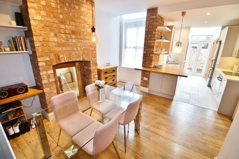 2 bedroom terraced house for sale - Crawford Street, Monton
