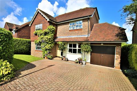 4 bedroom detached house for sale - Kilnbridge Close, East Farleigh, Maidstone