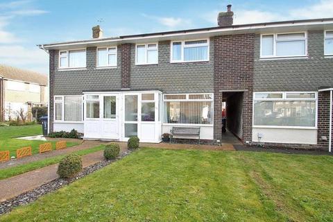3 bedroom terraced house for sale - Garden Close, Sompting, Lancing