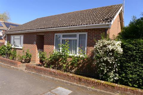 2 bedroom detached bungalow for sale - Mount Pleasant, Hildenborough
