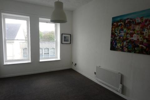1 bedroom apartment to rent - Flat 4, 17 High Street