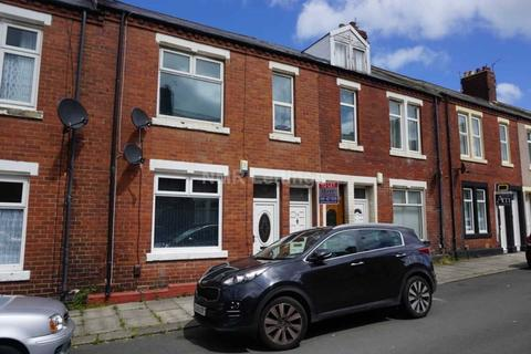 2 bedroom flat to rent - Collingwood Street, South Shields