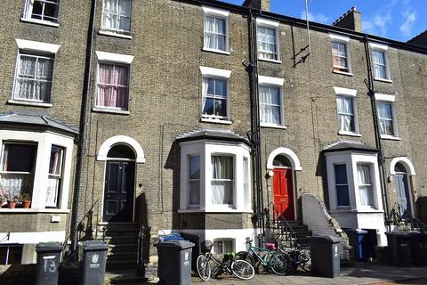 9 bedroom house share to rent - Bateman Street, Cambridge