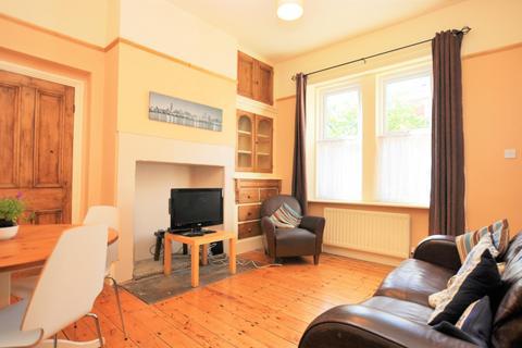 3 bedroom house to rent - Fenham Road, Newcastle Upon Tyne