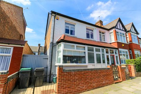 4 bedroom end of terrace house for sale - Forfar Road, N22