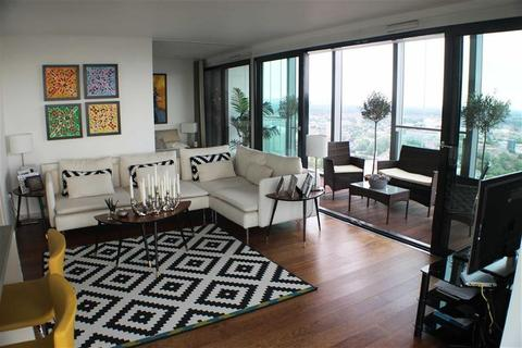 2 bedroom penthouse to rent - Beetham Tower, Manchester , M3