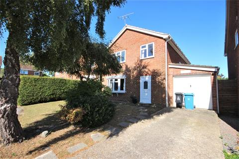 4 bedroom detached house for sale - Lytchett Drive, Broadstone, Dorset, BH18