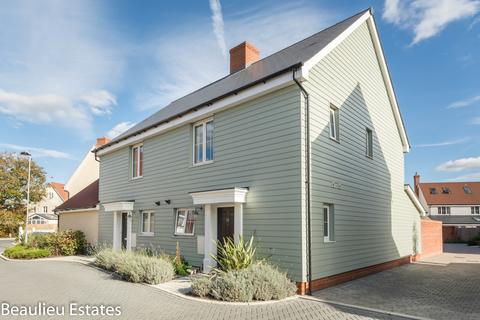 3 bedroom semi-detached house to rent - William Porter Close, BEAULIEU HEATH, Beaulieu Park, CM1
