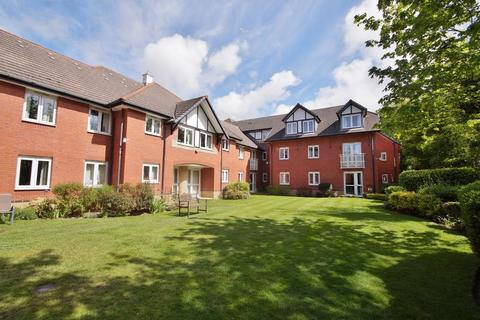1 bedroom apartment for sale - Chase Close, Southport