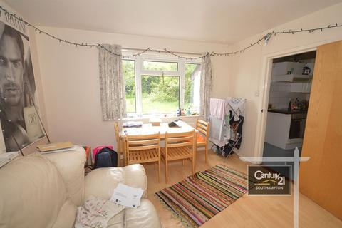 4 bedroom semi-detached house to rent - Harrison Road, Southampton, SO17 3TL