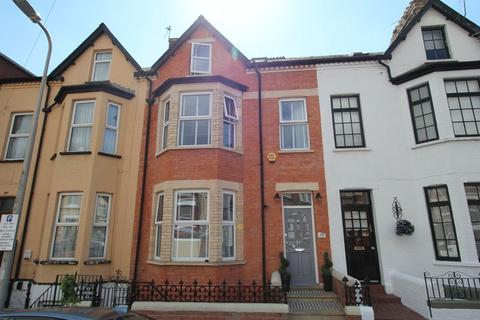 5 bedroom terraced house for sale - York Place, Barry