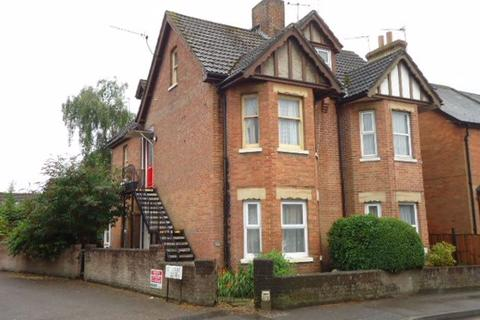 2 bedroom flat to rent - LEIGH ROAD, WIMBORNE