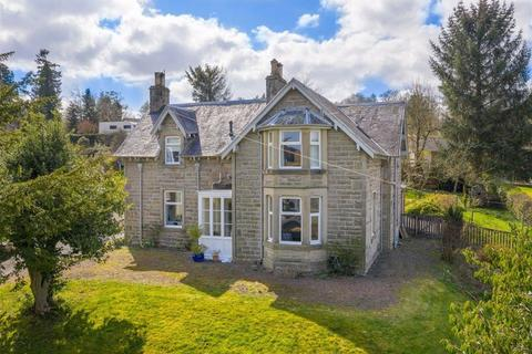 5 bedroom detached house for sale - Fenwick Park, Hawick