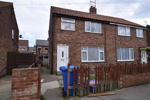 3 bedroom semi-detached house for sale - Wentworth Road, Bridlington, East Yorkshire, YO16