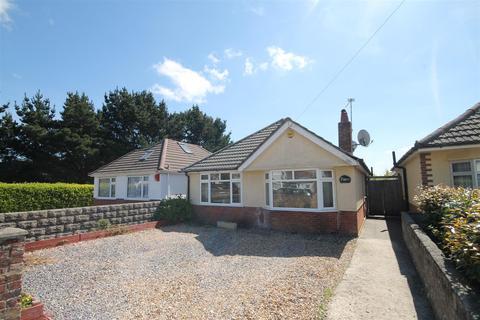 3 bedroom detached bungalow for sale - Kinson Avenue, Poole