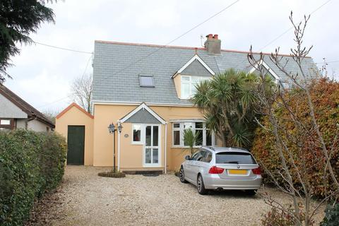 4 bedroom semi-detached house to rent - Third Avenue, Plymstock, Plymouth