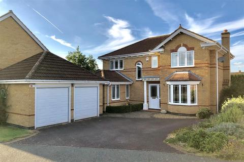 4 bedroom detached house for sale - Cotswold Close, Melton Mowbray