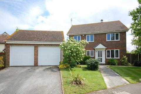 4 bedroom detached house for sale - Curtis Wood Park Road, Herne, Herne Bay