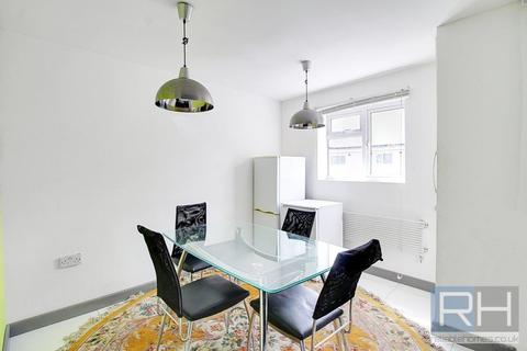 4 bedroom apartment to rent - Regents Park Road, Finchley, London, N3