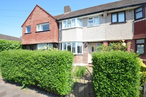 3 bedroom terraced house to rent - Sedgemoor Drive, Dagenham