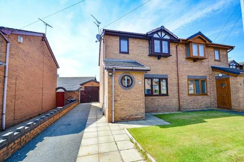 2 bedroom semi-detached house for sale - Coppafield Close, Buckley