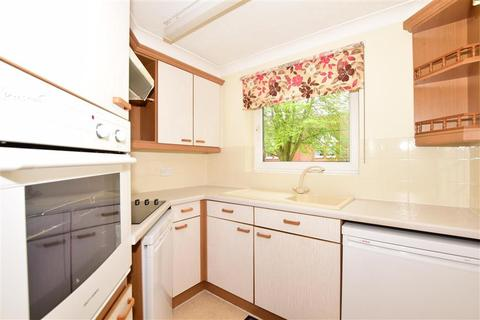 1 bedroom flat for sale - St. Lukes Avenue, Maidstone, Kent