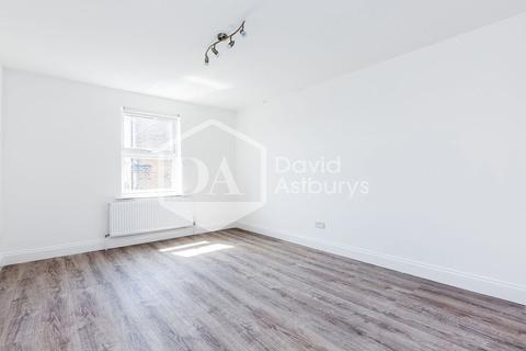 4 bedroom apartment to rent - Turnpike Lane, Turnpike Lane Hornsey, London
