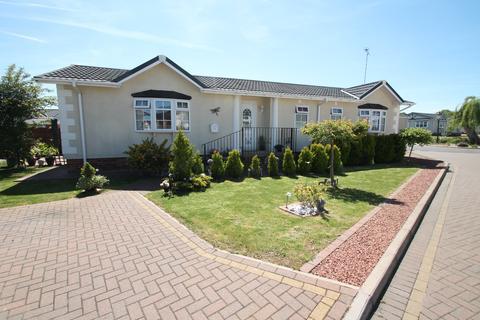 3 bedroom park home for sale - Battlesbridge, Essex