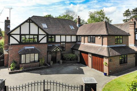 6 bedroom detached house for sale - Holly Hill Lane, Sarisbury Green SO31