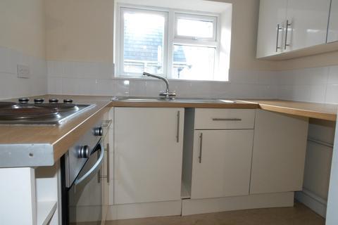 1 bedroom flat to rent - Coychurch Road, Pencoed, Bridgend, CF35 5NG