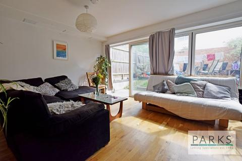 4 bedroom terraced house to rent - Compton Avenue, Brighton, BN1