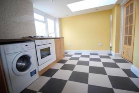 4 bedroom house to rent - Cordwallis Road, Windsor, SL6