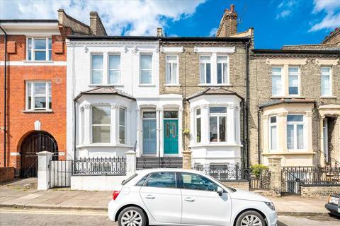 5 bedroom terraced house to rent - Kelvin Road, London