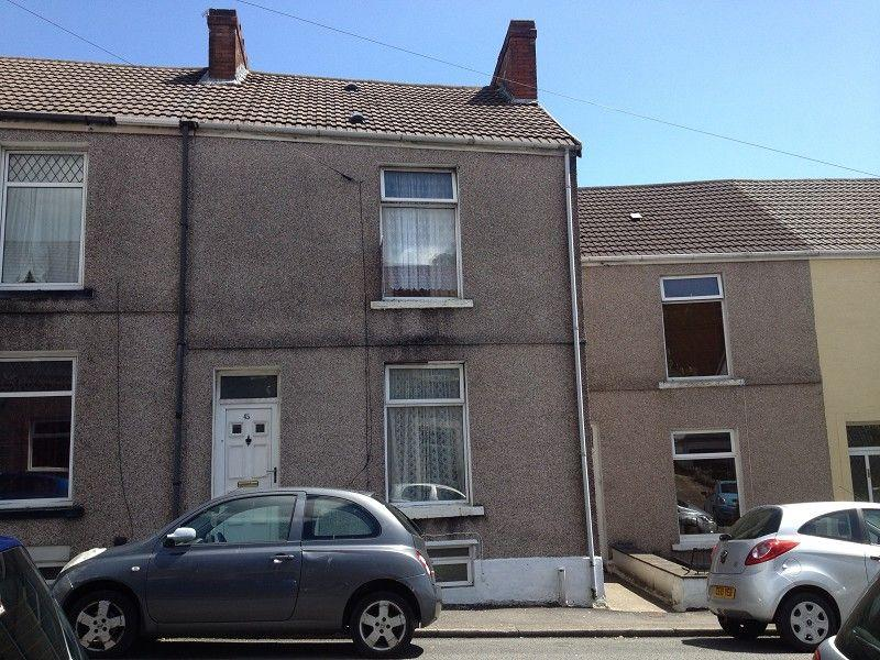 4 Bedrooms Terraced House for sale in Westbury Street, Swansea.