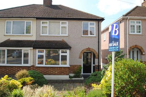 3 bedroom semi-detached house for sale - Heron Way, Upminster, RM14