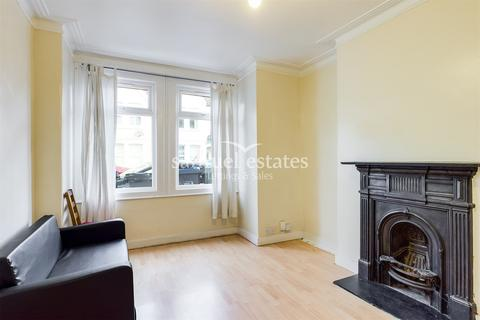 2 bedroom maisonette to rent - Boyd Road, Colliers Wood, SW19