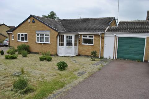 2 bedroom bungalow to rent - Tiverton Close, Oadby, LE2