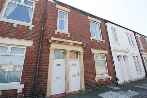 2 bedroom flat to rent - Storemont Street, North Shields NE20