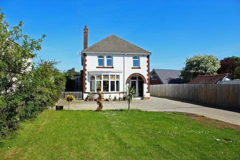 4 bedroom detached house for sale - Junction Road, Norton, TS20