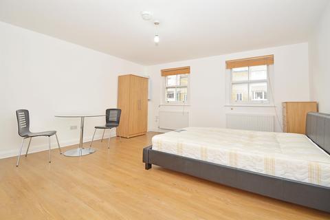 Studio to rent - Roman Road, London, E2