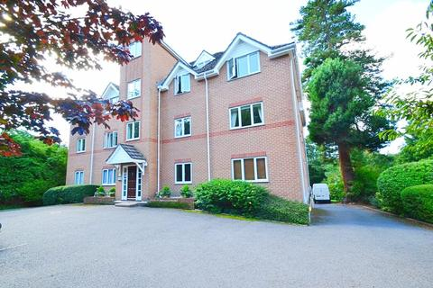 2 bedroom flat - Bournemouth