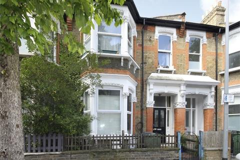 2 bedroom flat for sale - Cleveland Park Avenue, Walthamstow, London