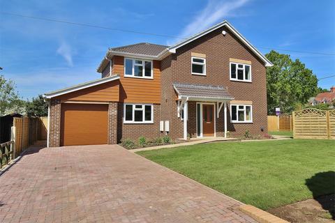 3 bedroom detached house for sale - Marsh Lane, Upton, POOLE, Dorset