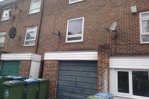 3 bedroom townhouse for sale - Nightingale Vale, Plumstead, London