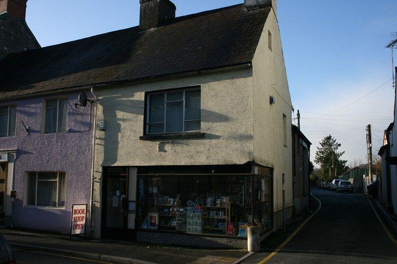 End Of Terrace House for sale in Stone Street 2-4 Garden Lane, Llandovery, Carms.