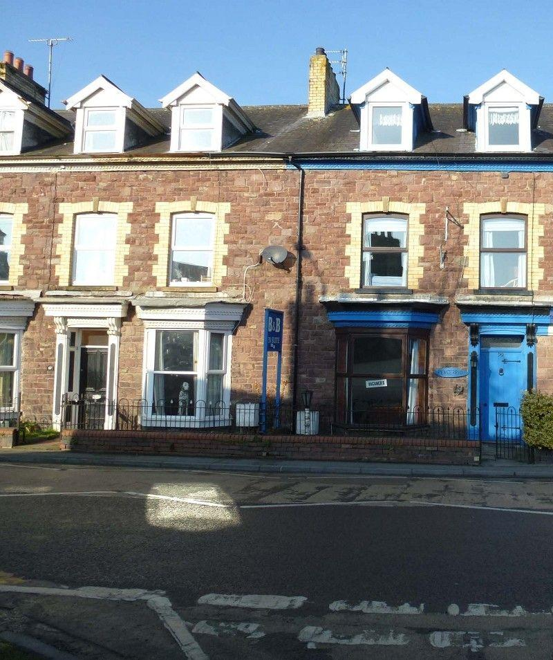 5 Bedrooms Terraced House for sale in New Road, Llandovery, Carmarthenshire.
